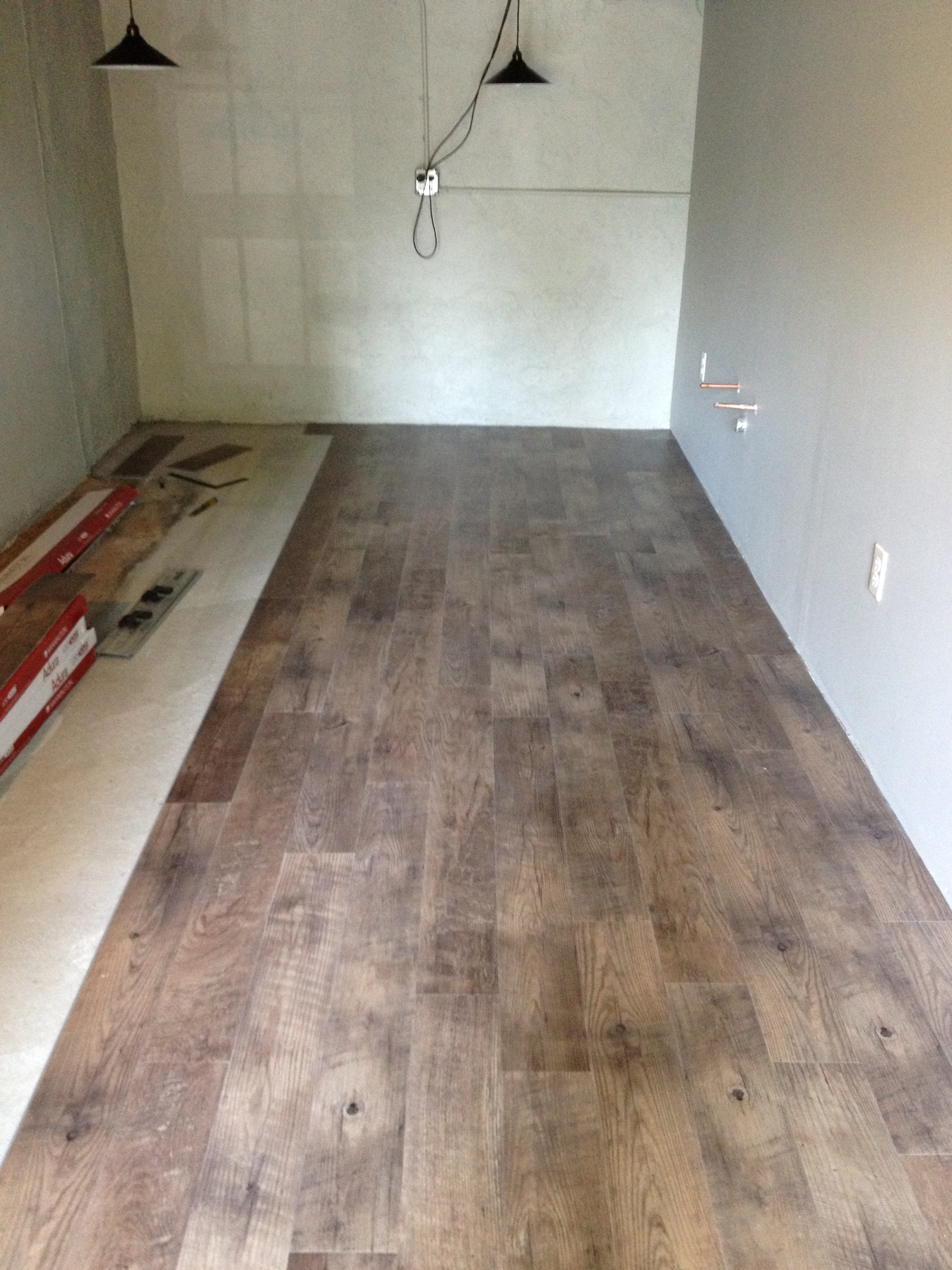 kitchen awesome of flooring lowes for underlayment bathroom vinyl scarce in floor cork plank